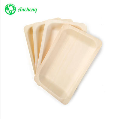 What are the characteristics of disposable wooden plates?